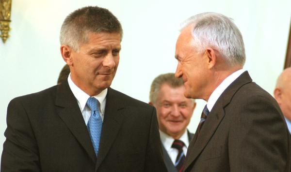 Marek Belka (gauche)